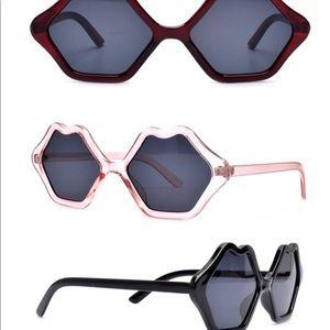 Retail New Kiss Sunglasses